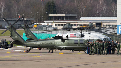 163262 - USA - Marine Corps Sikorsky VH-60N Black Hawk