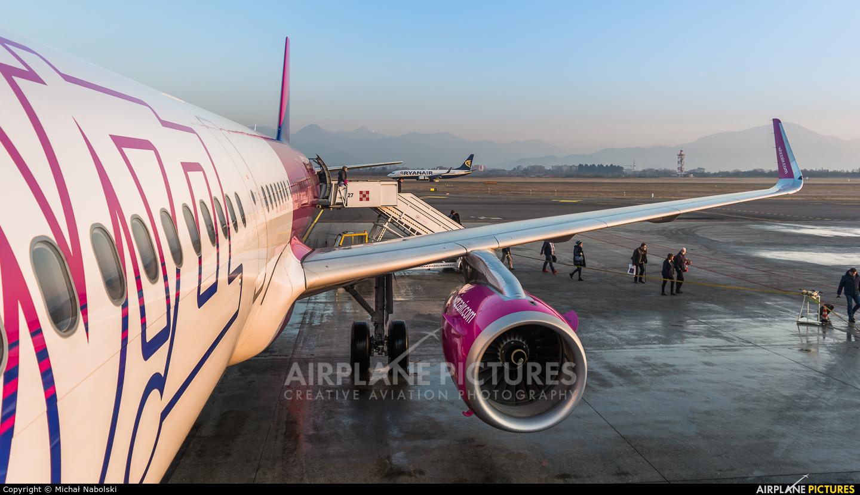 Wizz Air HA-LXS aircraft at Bergamo - Orio al Serio