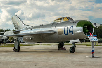 04 - Russia - Air Force Mikoyan-Gurevich MiG-19P