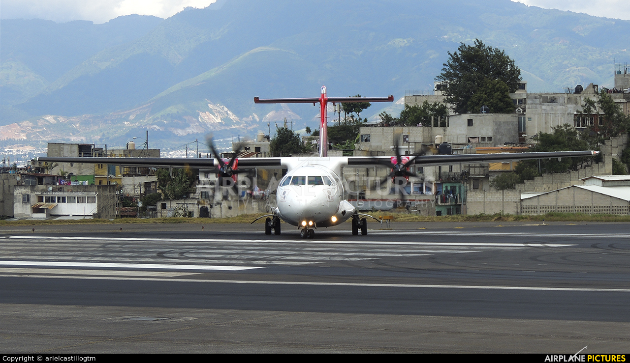 Avianca HR-AYJ aircraft at Guatemala - La Aurora