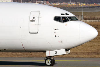F-GZTI - ASL Airlines Boeing 737-400SF