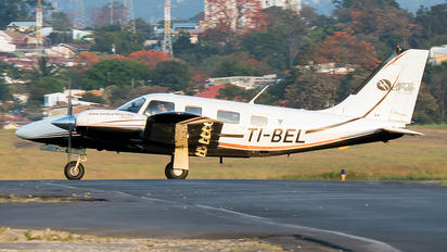 TI-BEL -  Piper PA-34 Seneca