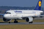 D-AILR - Lufthansa Airbus A319 aircraft