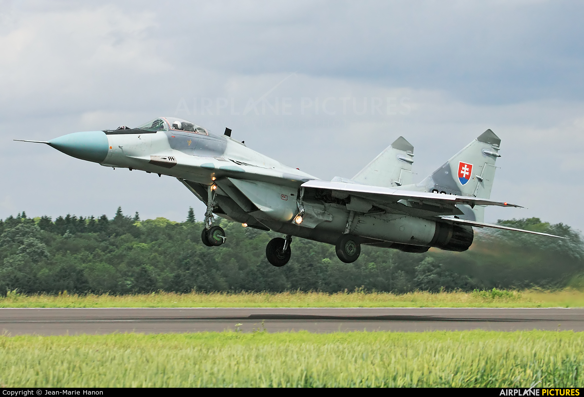 Slovakia -  Air Force 3911 aircraft at Florennes