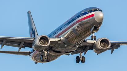 N906NN - American Airlines Boeing 737-800