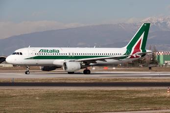 I-BIKI - Alitalia Airbus A320