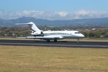N724MF - Private Bombardier BD-700 Global 5000