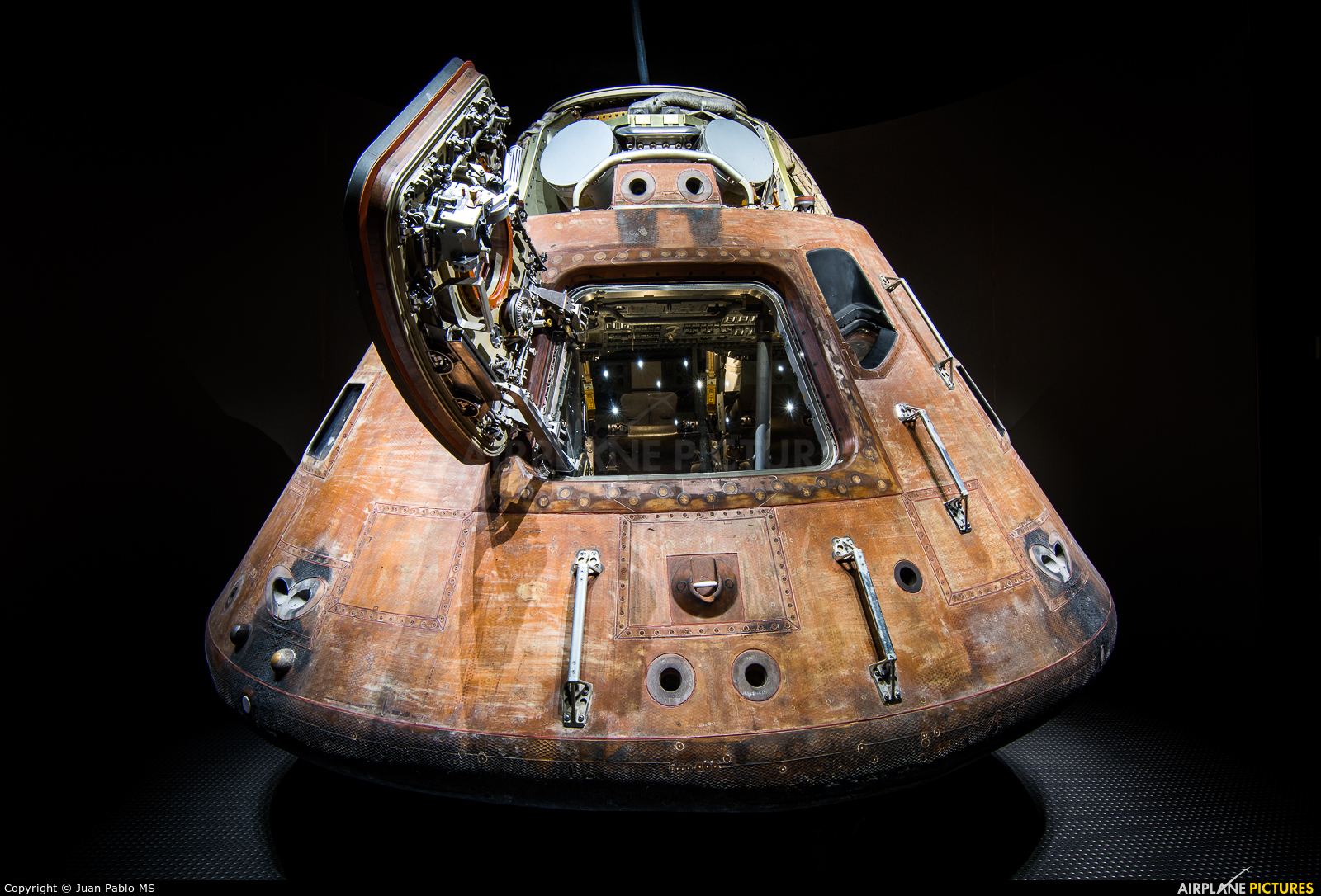 CSM-110 - NASA Rockwell Apollo 14 at Kennedy Space Centre ...