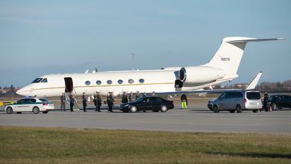 01-0076 - USA - Air Force Gulfstream Aerospace C-37A