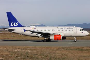 OY-KBT - SAS - Scandinavian Airlines Airbus A319