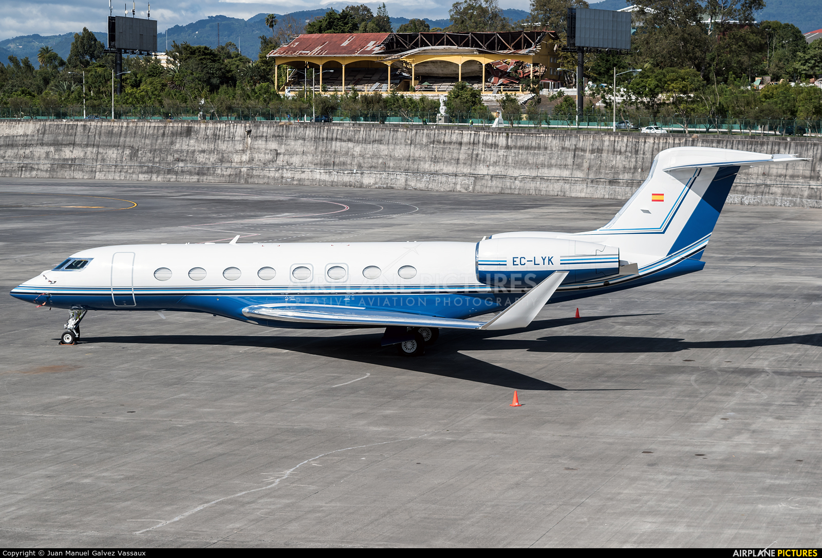 Gestair EC-LYK aircraft at Guatemala - La Aurora