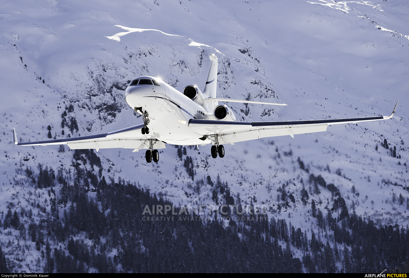 Private M-ORAD aircraft at Samedan - Engadin
