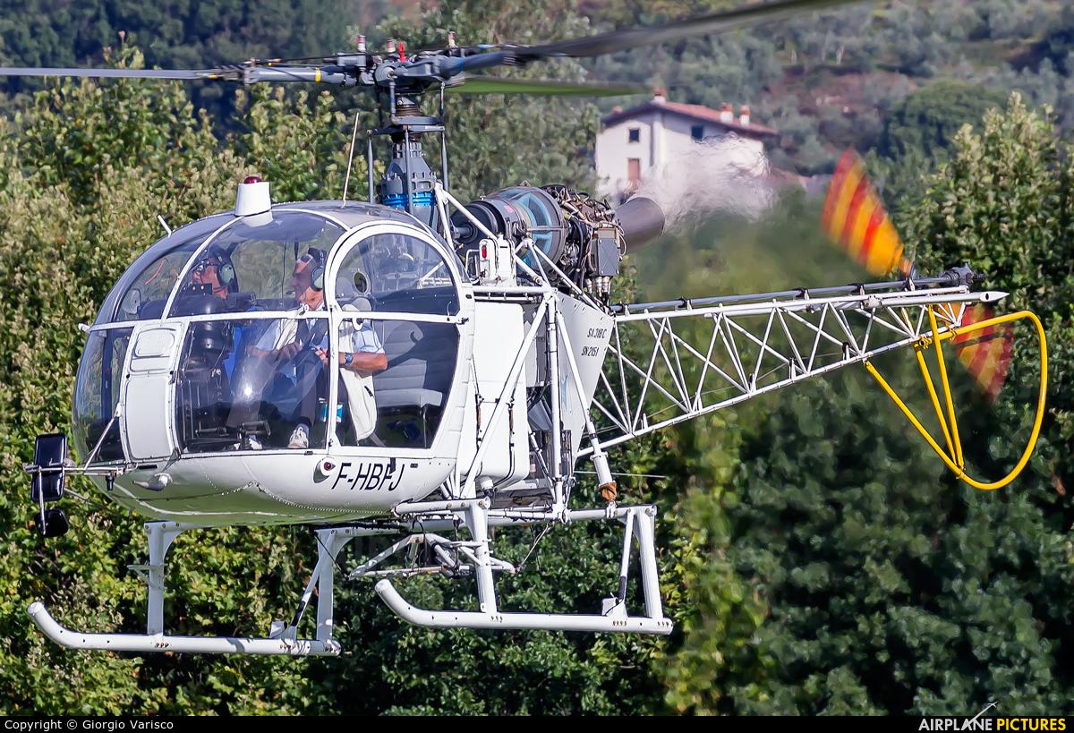 Private F-HBFJ aircraft at Costa Volpino