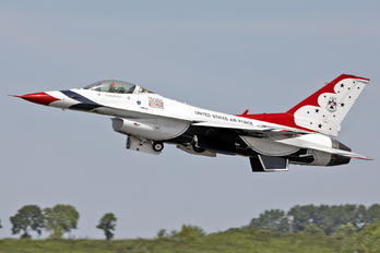 92-3898 - USA - Air Force : Thunderbirds General Dynamics F-16C Fighting Falcon