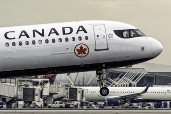 C-GJWN - Air Canada Airbus A321