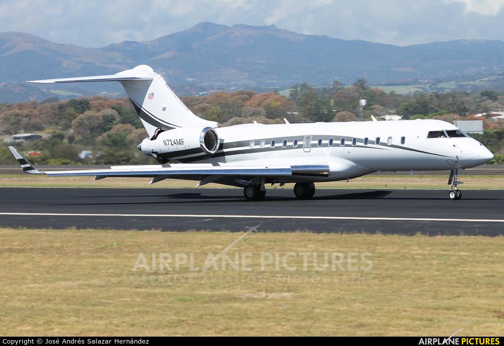 Private N724MF aircraft at San Jose - Juan Santamaría Intl