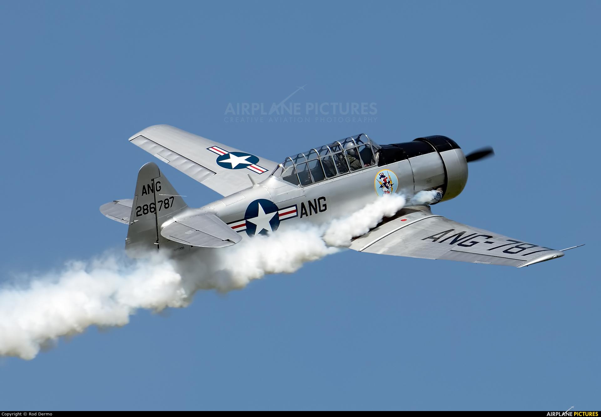 Private N49NA aircraft at Selfridge ANGB
