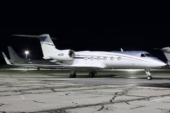 N125GG -  Gulfstream Aerospace G-IV,  G-IV-SP, G-IV-X, G300, G350, G400, G450