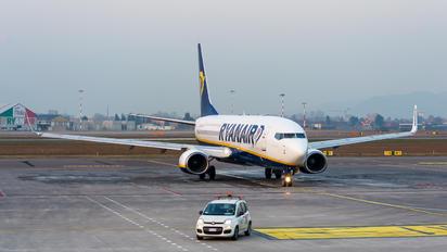 EI-DHB - Ryanair Boeing 737-800