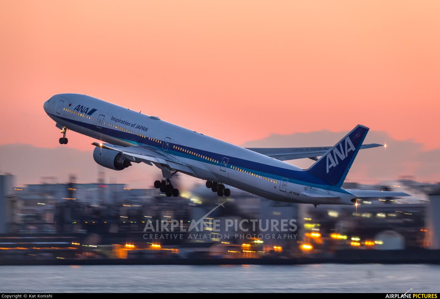 ANA - All Nippon Airways JA753A aircraft at Tokyo - Haneda Intl