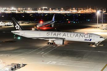 JA731A - ANA - All Nippon Airways Boeing 777-300ER