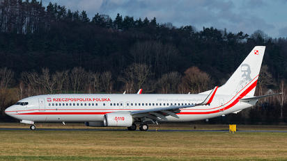 0110 - Poland - Government Boeing 737-86X(WL)