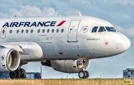 F-GUGF - Air France Airbus A318 aircraft