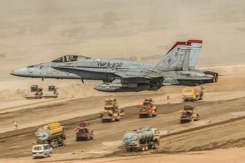 165222 - USA - Marine Corps McDonnell Douglas F/A-18C Hornet