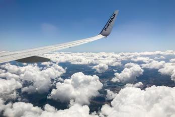 EI-EBR - Ryanair Boeing 737-800