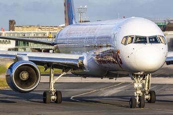 G-LSAJ - Jet2 Boeing 757-200