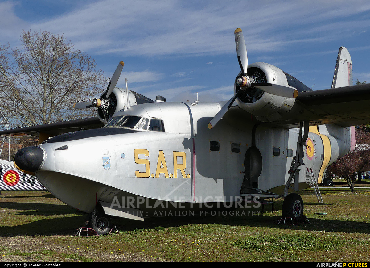 Spain - Air Force AD.1B-8 aircraft at Madrid - Cuatro Vientos