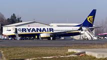 Incident at Craiova during Ryanair 738's refueling title=