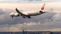 JA864J - JAL - Japan Airlines Boeing 787-9 Dreamliner aircraft