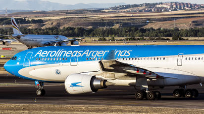LV-FVI - Aerolineas Argentinas Airbus A330-200