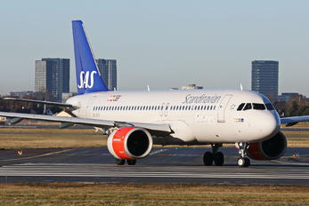 SE-DOX - SAS - Scandinavian Airlines Airbus A320 NEO