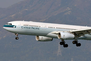 B-LAG - Cathay Pacific Airbus A330-300