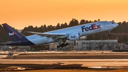 N868FD - FedEx Federal Express Boeing 777F