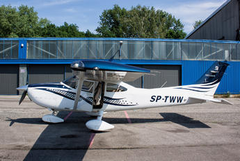 SP-TWW - Private Cessna 182T Skylane