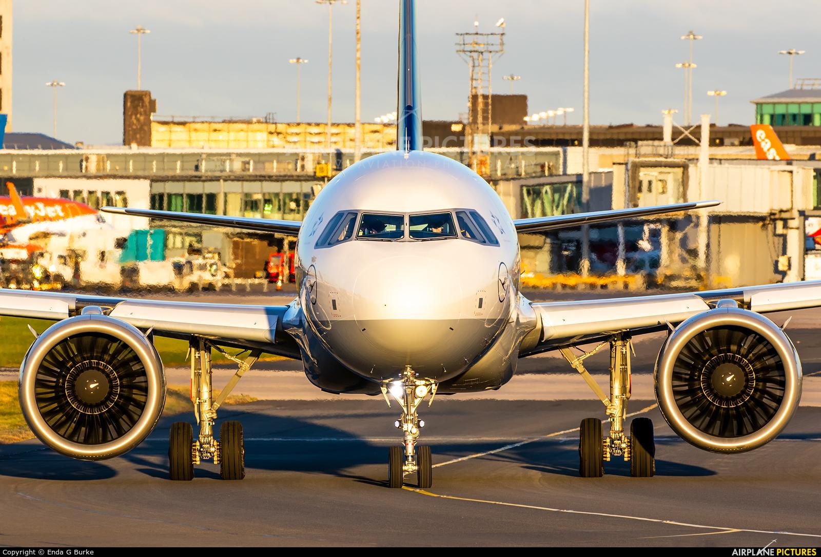 Lufthansa D-AINH aircraft at Manchester