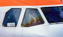 G-EZOZ - easyJet Airbus A320 aircraft