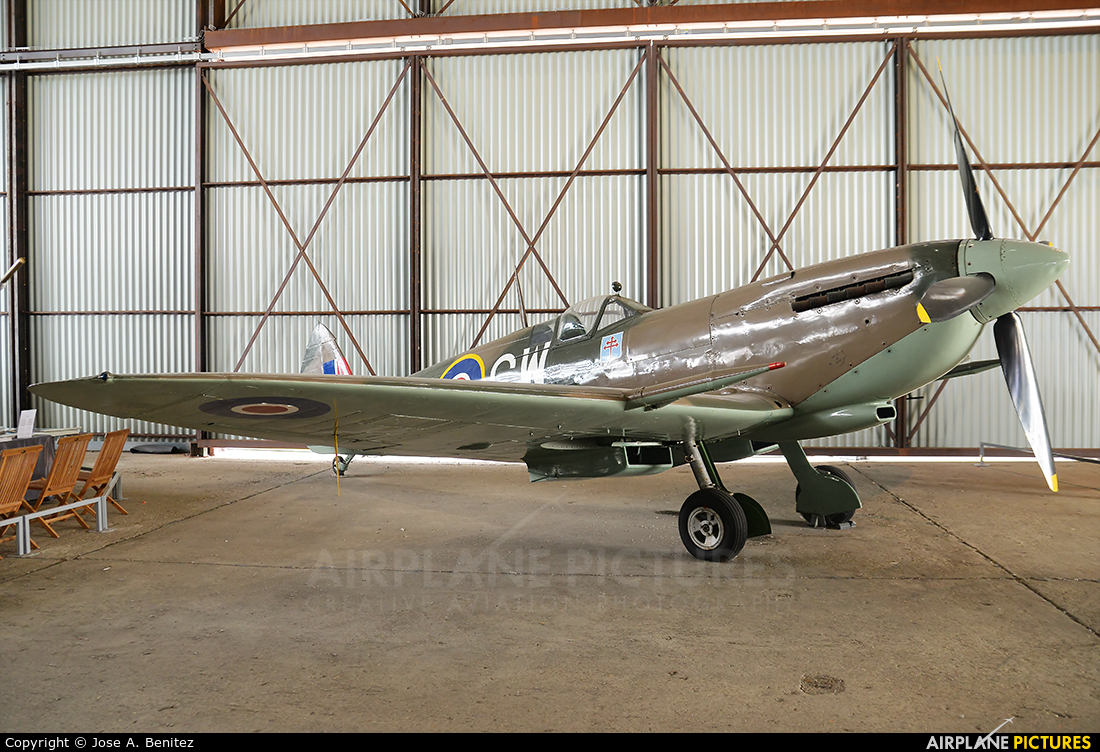 Private TB597 aircraft at Paris - Le Bourget