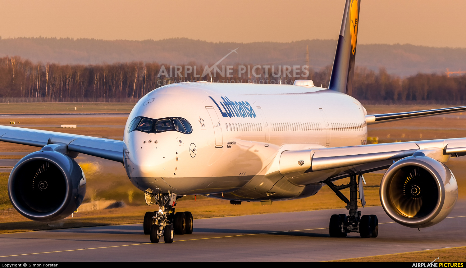Lufthansa D-AIXF aircraft at Munich