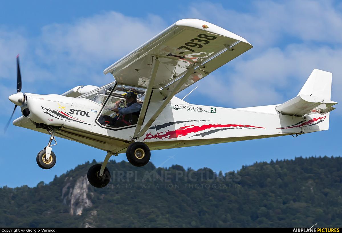 Private I-7938 aircraft at Costa Volpino