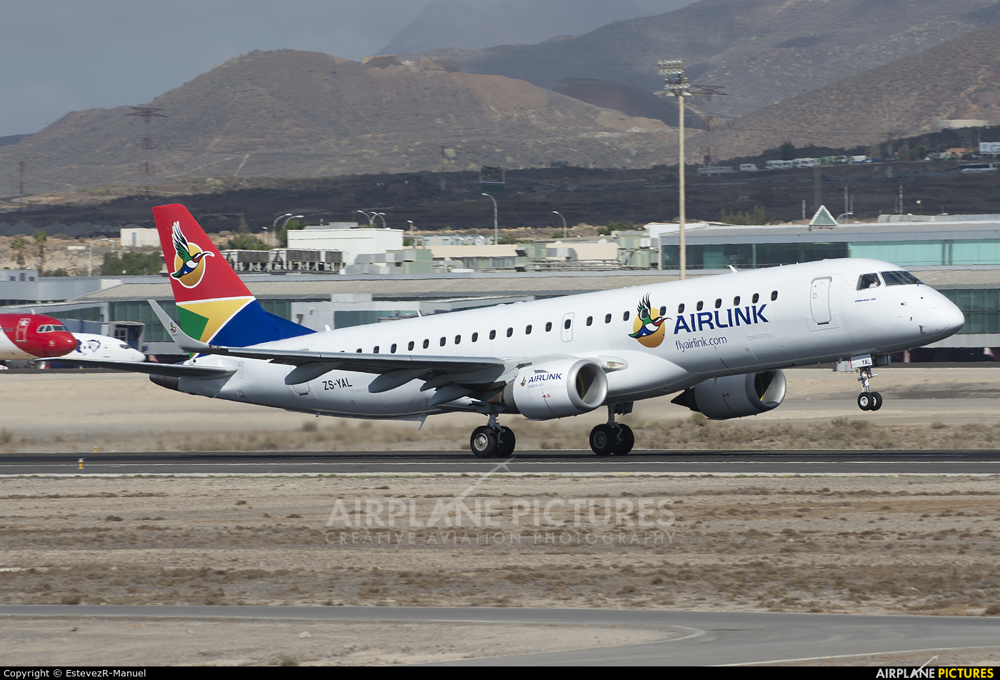 South African Airlink ZS-YAL aircraft at Tenerife Sur - Reina Sofia