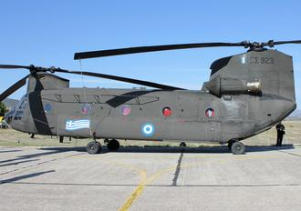 ES923 - Greece - Hellenic Army Boeing CH-47D Chinook