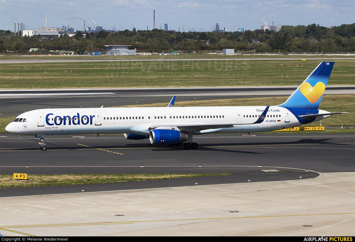 Condor D-ABOB aircraft at Düsseldorf