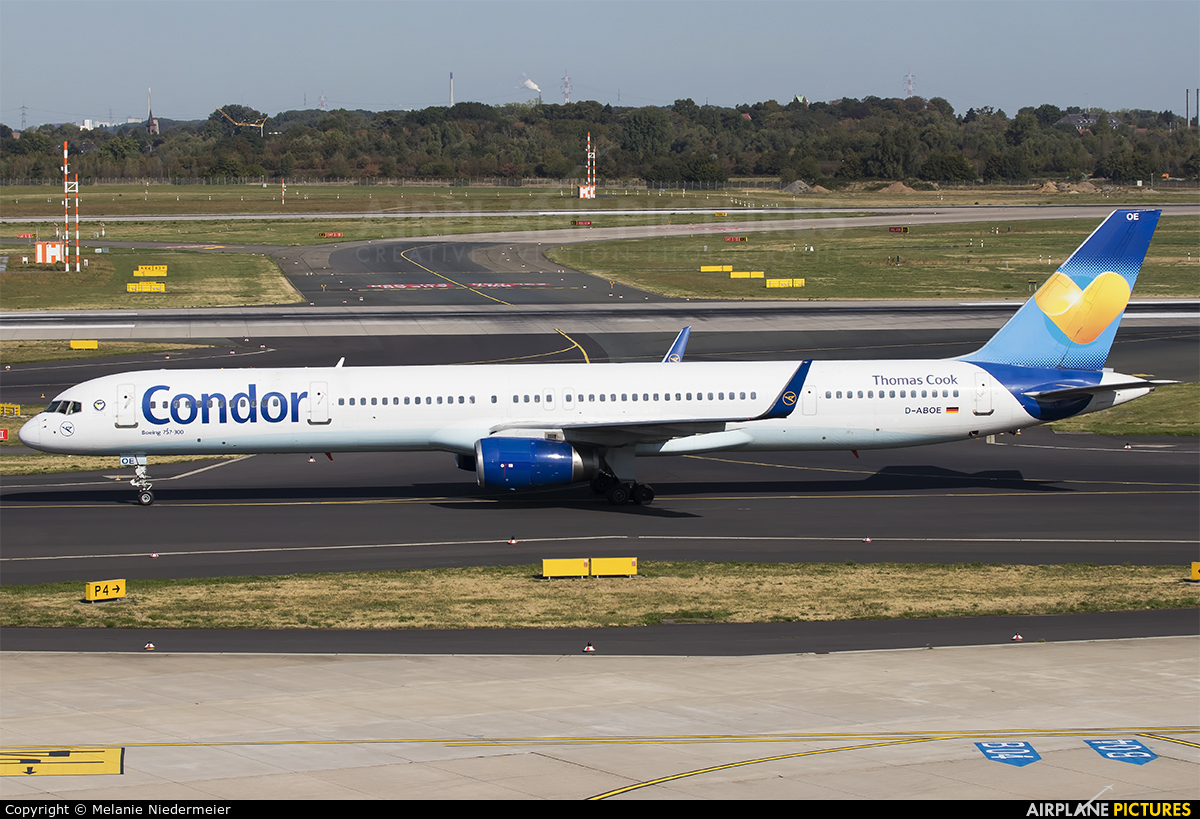 Condor D-ABOE aircraft at Düsseldorf