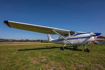 D-EITN - Private Cessna 172 Skyhawk (all models except RG)