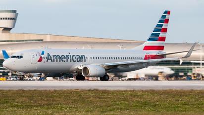 N843NN - American Airlines Boeing 737-800