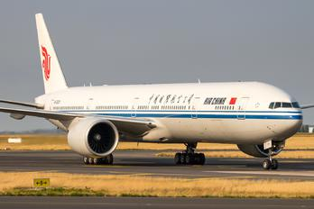 B-2031 - Air China Boeing 777-300ER